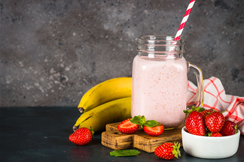 Antioxidant Banana and Strawberry Smoothie