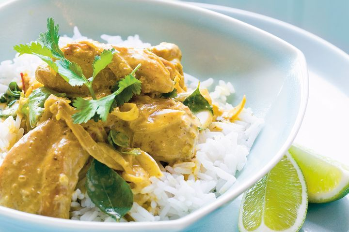 Green Chicken Curry using Coconut Cream